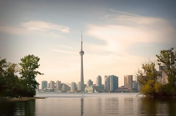 Nom : 20100727-island-skyline.jpg Affichages : 21931 Taille : 61,9 Ko