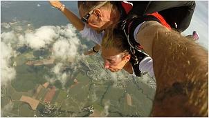 skydive0011.jpg
