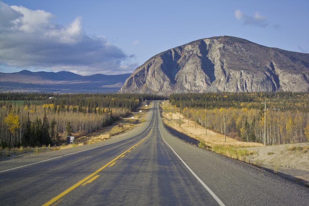 alaska-highway-yukon-pvt-canada