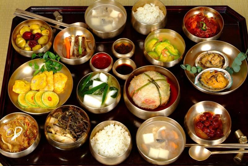Un petit aper u de la cuisine cor enne kimchi bibimbap for Cuisine coreenne