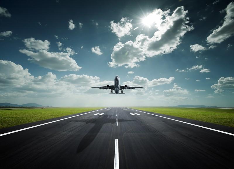 Plus important est sans aucun doute l'achat d'un billet d'avion