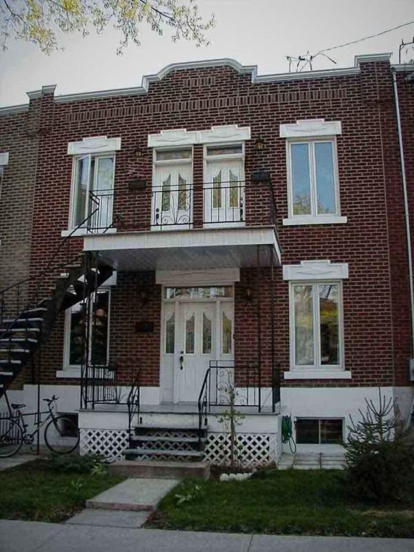 Montr al appartement 3 meubl au for Logement meuble a montreal