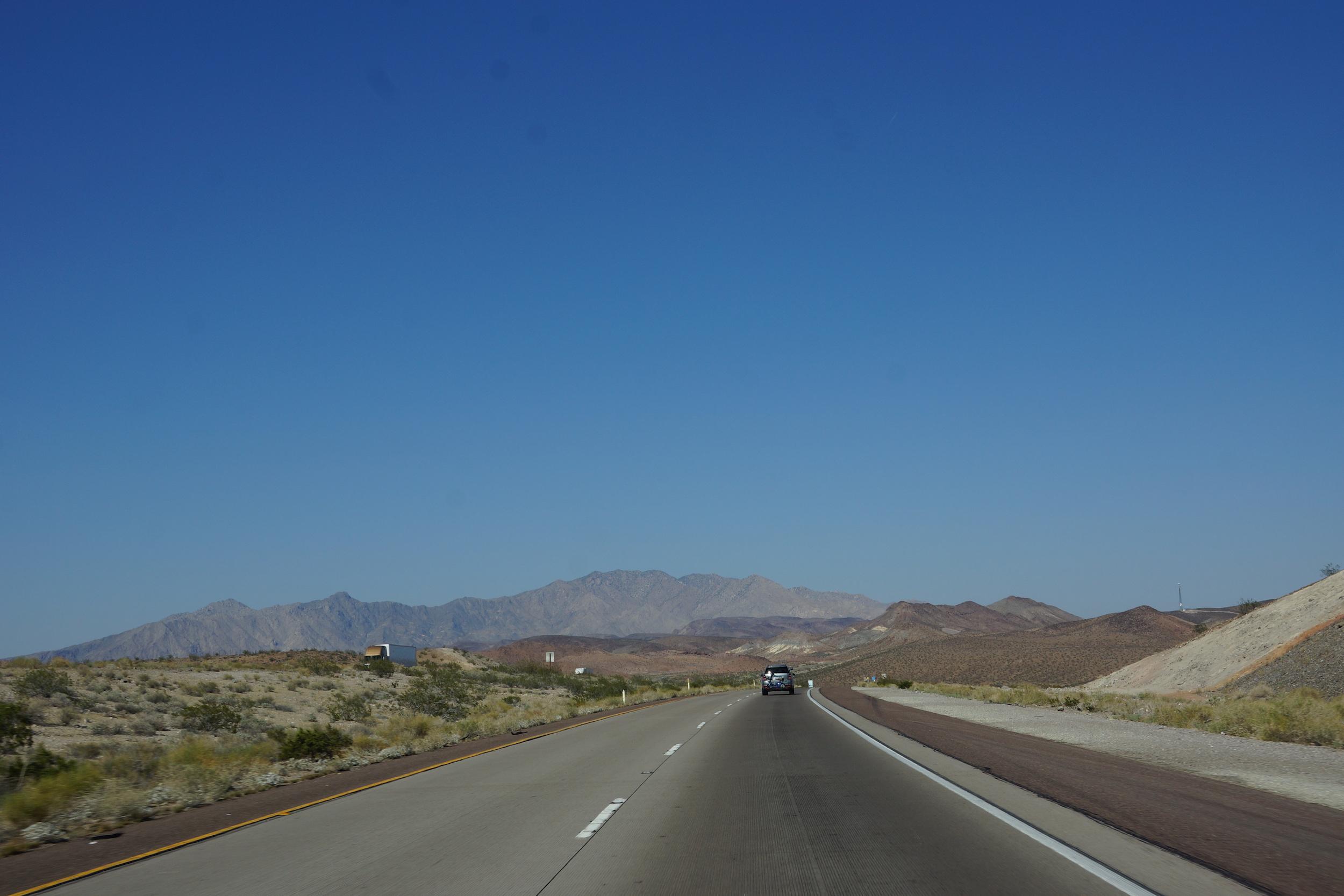road-trip-usa-autoroute-vers-needles
