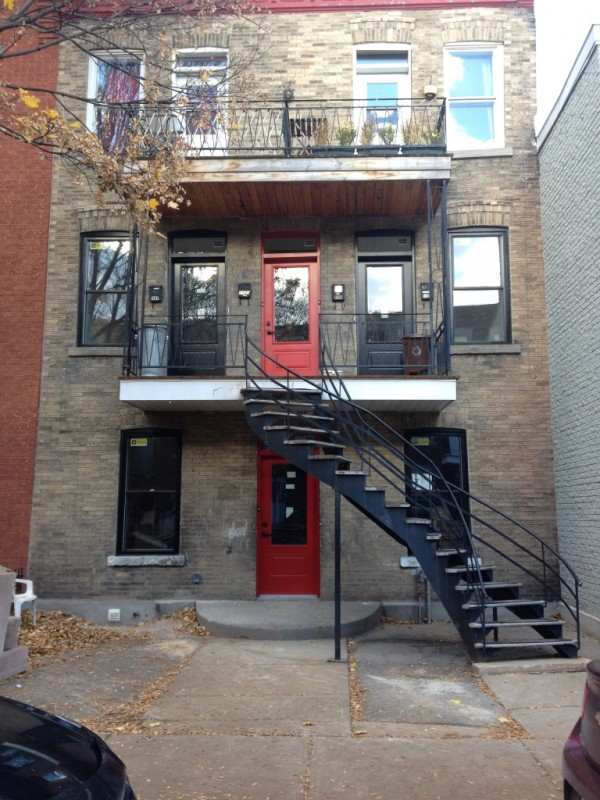 Animaux accept s for Meuble montreal centre ville