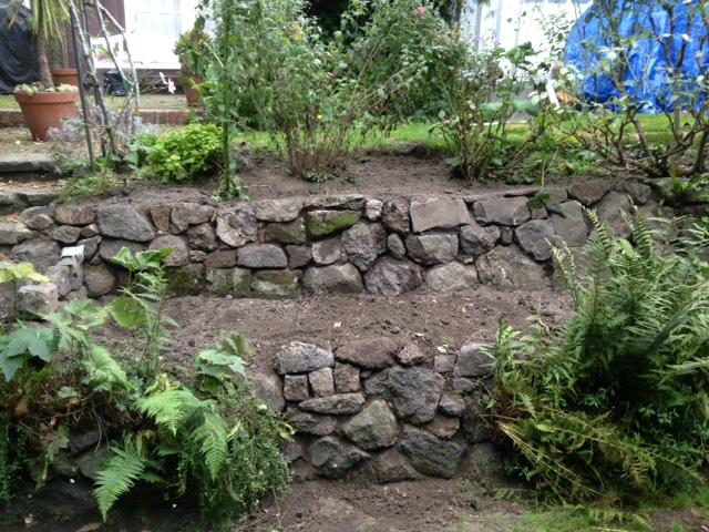Mathieu - Macon en Nouvelle-Zelande - mur de pierres sèches à Christchurch