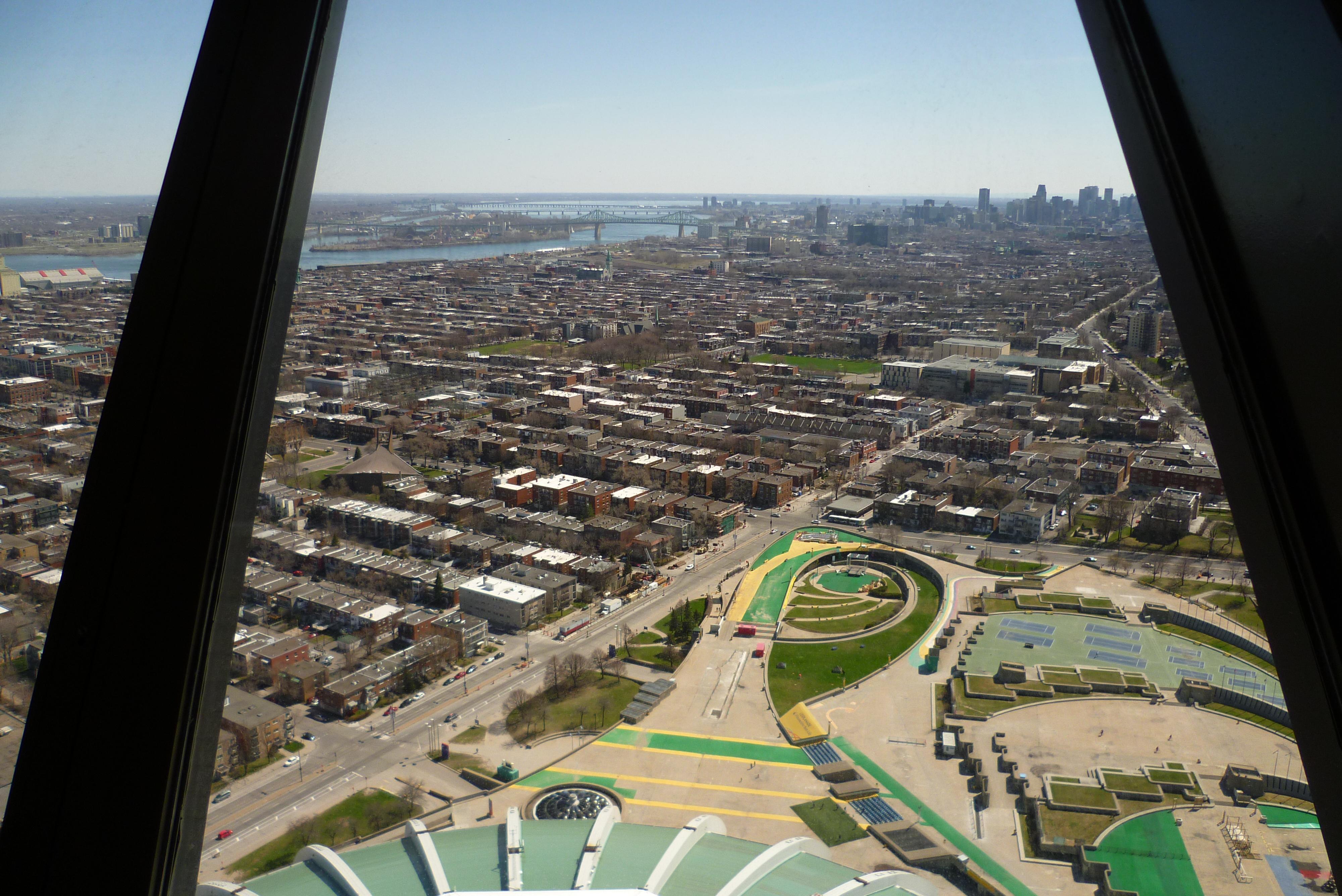 Vue depuis la tour de Montréal - Parc Olympique