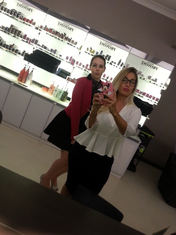 Coiffeuse en Australie - Salon de coiffure