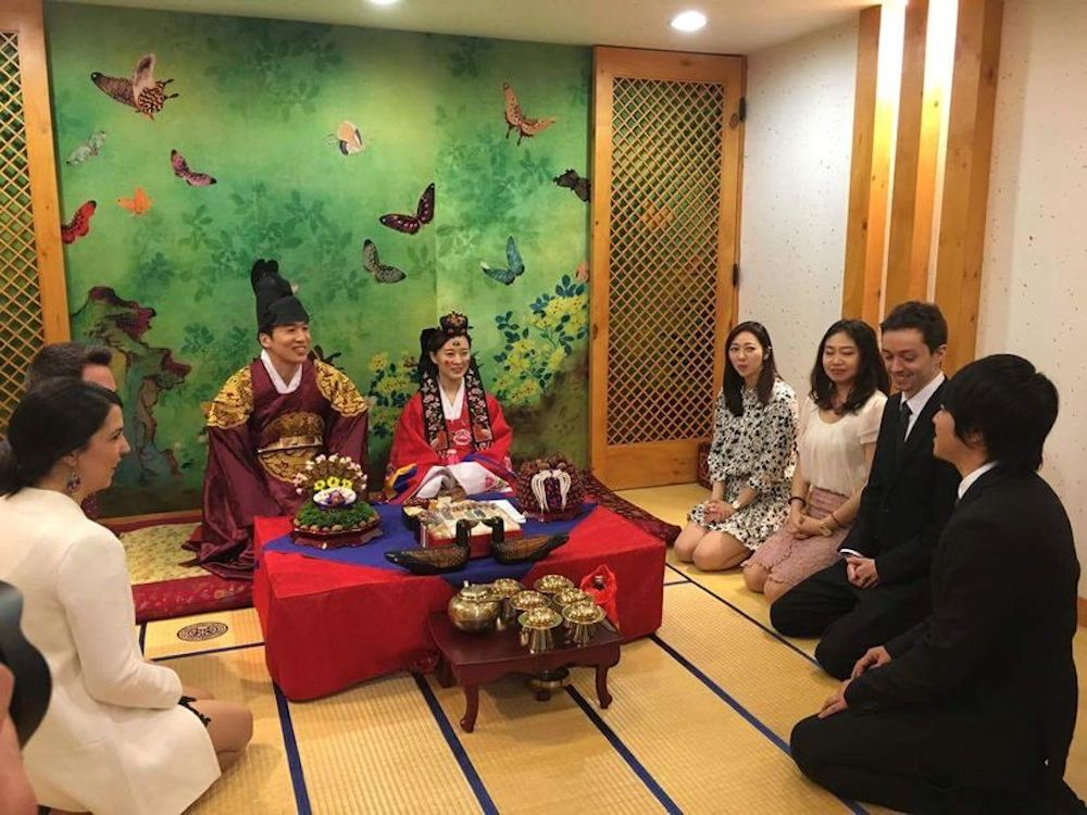 serial-pvtistes-nicolas-mariage-coree