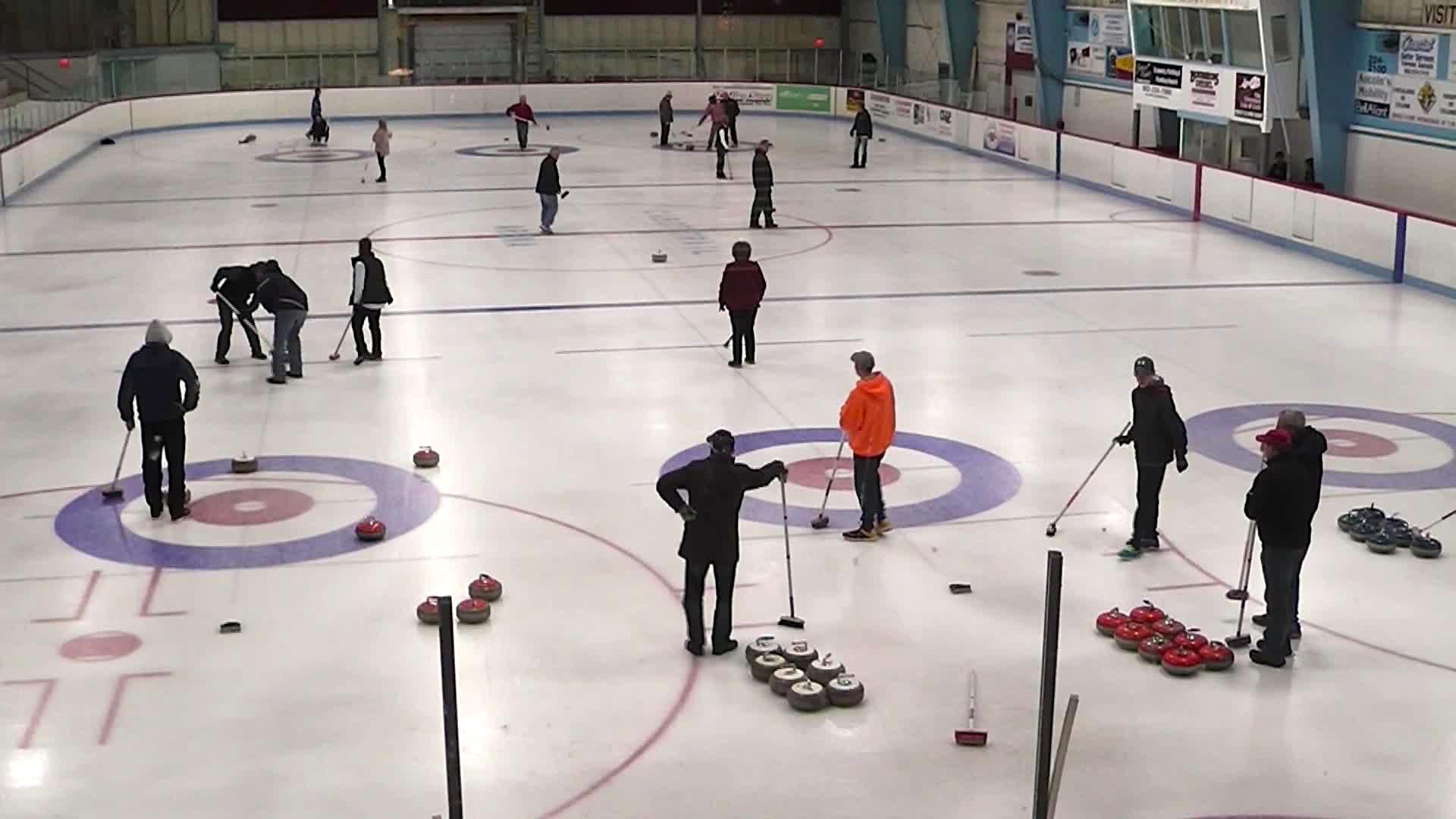 39 Curling