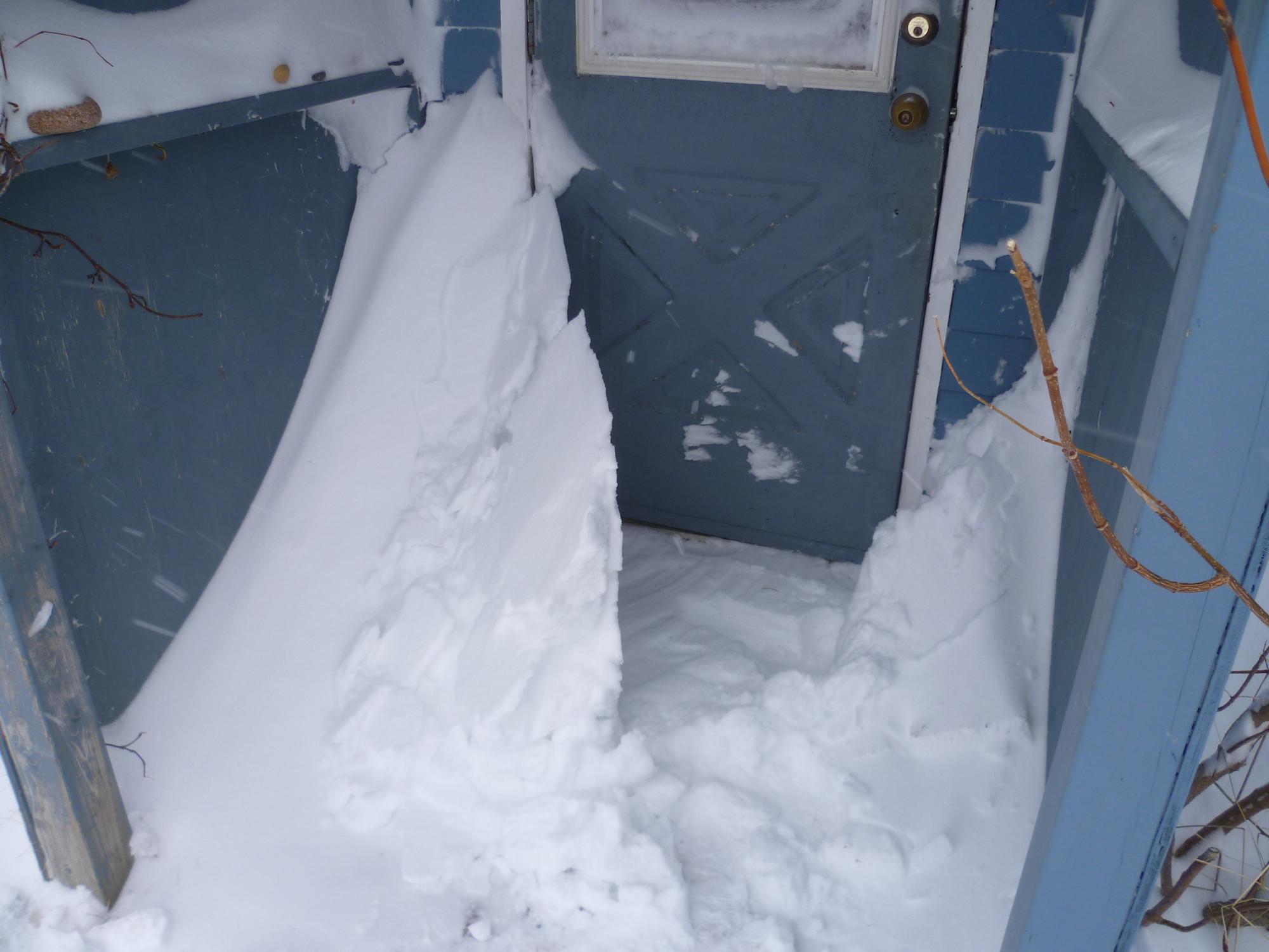 Hiver au Canada - Coincée par la neige