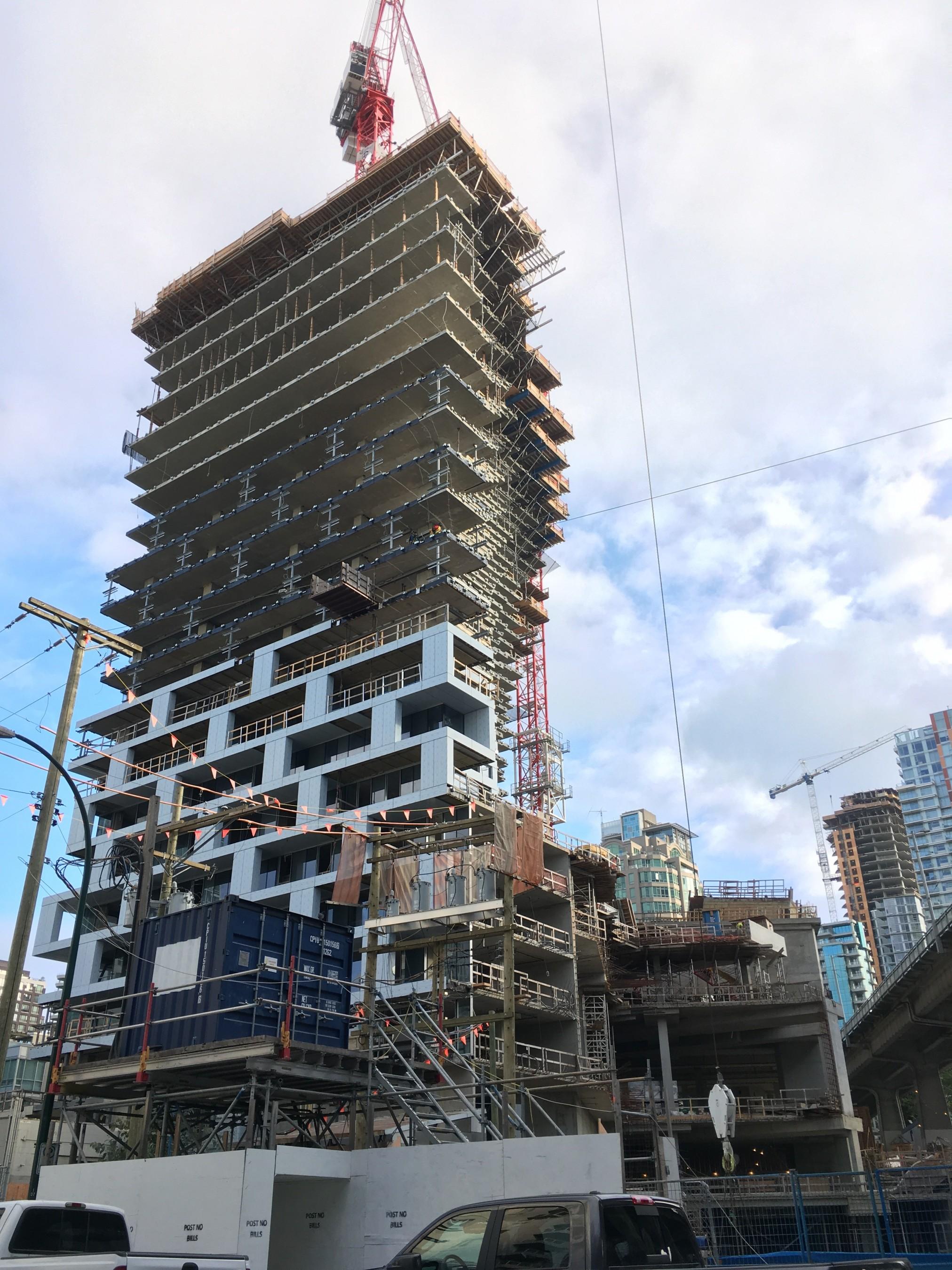 pvt-vancouver-architecte-tour-big