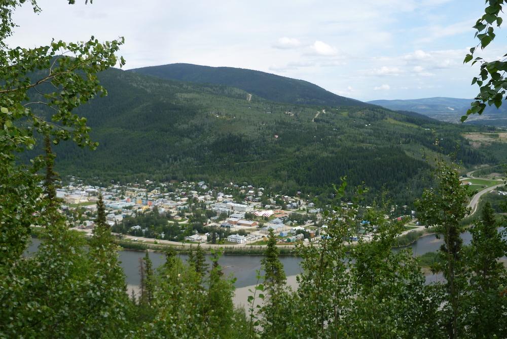 Dawson City - autre cote de la Yukon