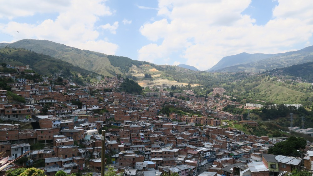 colombie-helene-medellin-comuna13-vue