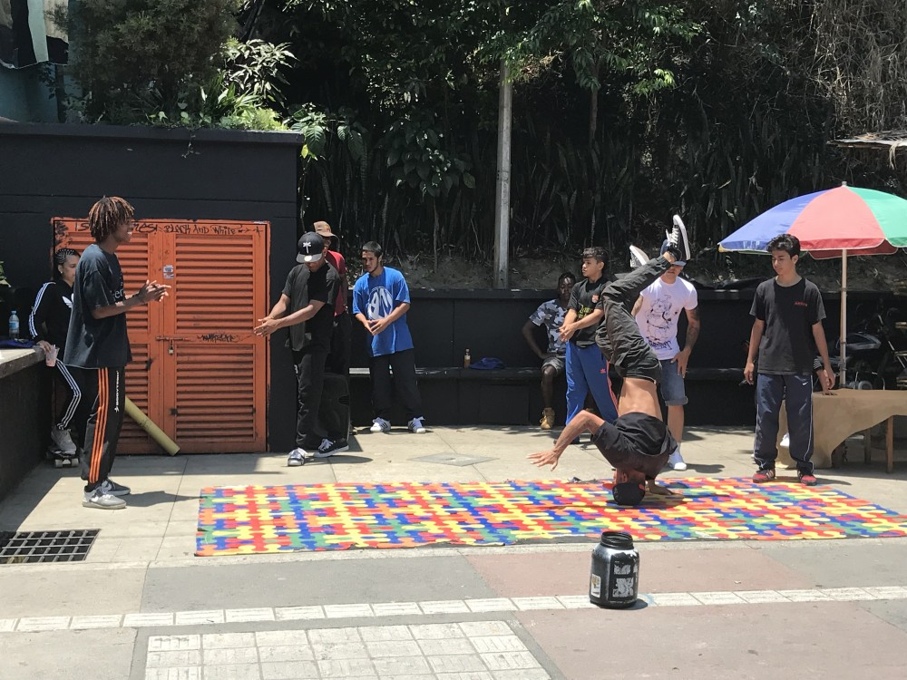 colombie-comuna13-danseurs-helene