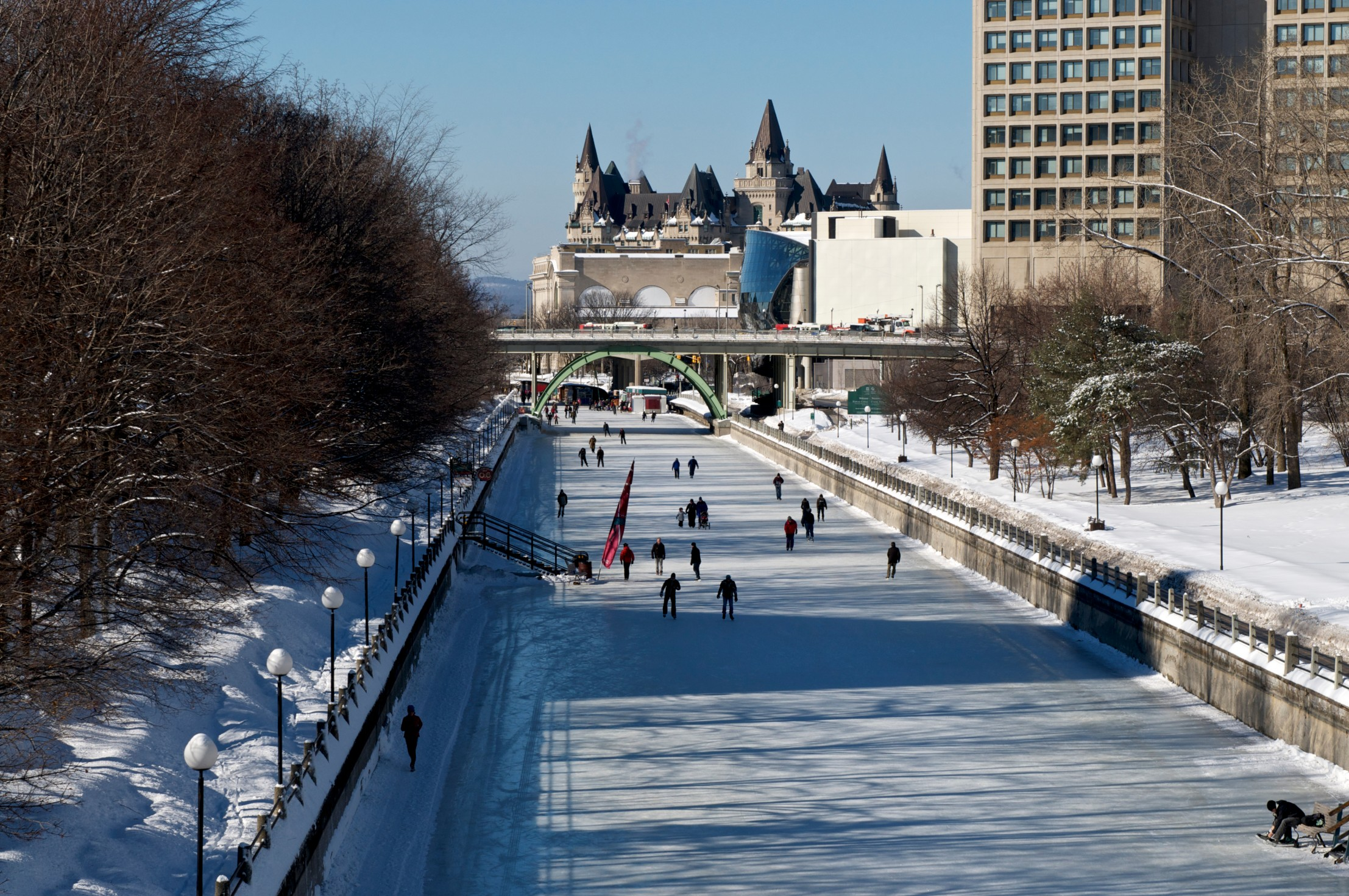 patin-glace-canal-rideau-pvt-canada